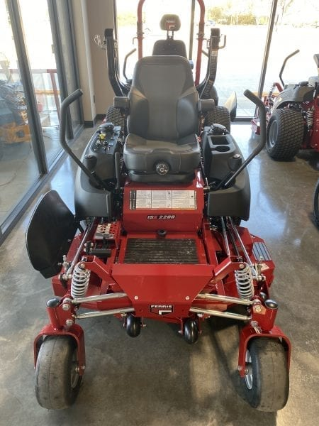 Ferris ISX2200 Kawasaki 25.5hp 52″